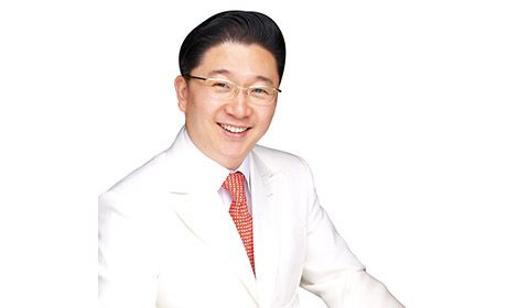 Giáo sư Kwon Han Jin